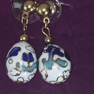 VINTAGE HAND PAINTED FLORAL GLASS DANGLE EARRINGS